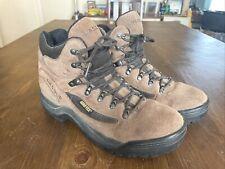 Vasque hiking boots GORE-TEX VIBRAM Mens Sz 10 Medium High Ankle Leather