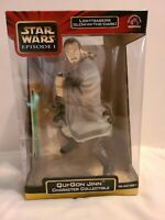 Star Wars Episode 2 Qui-gon Jinn Character Collectible Light Saber Glows in Dark