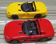 für Slotcar Racing Modellbahn  --  2 Cabrio mit Tyco Motor