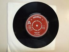 "GOLLIWOGS: (Early Creedence Clearwater) Fight Fire-U.K. 7"" 66 Vocalion 9283 Demo"