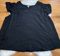 Old Navy black v-neck short sleeve polka dots plus size Top Size 3x Womens Top
