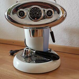 Illy X7.1 Weiß - Iperespresso Espressomaschine - leckeren Espresso in Sekunden