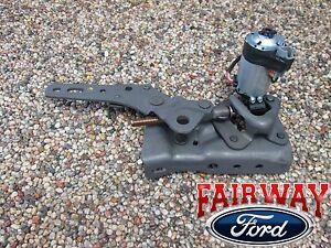 06 thru 10 Explorer Mountaineer OEM Ford 3rd Row Power Fold Seat Hinge Motor LH