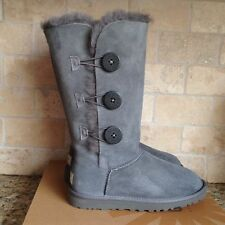 UGG BAILEY BUTTON TRIPLET TRIPLE SUEDE TALL BOOTS GRAY GREY SIZE US 11 WOMENS