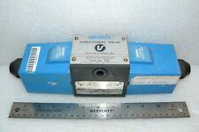 Vickers DG4S4-16C-H-60 Directional Control Solenoid Valve