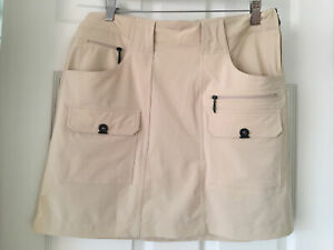 Jamie Sadock Golf Skort Sz 8 Beige Stretch Pockets Loops Zippers Vent Fast Dry