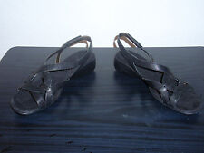 Womens Easy Spirit Black Strapped Shoes Size 7M BRAND NEW