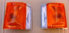 TOYOTA LITEACE KM36 CM36 MODEL 1986 92 FRONT CORNER LIGHTS PAIR LH+RH