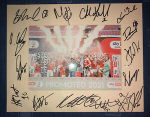 Blackpool FC 21/22 HAND SIGNED 10x8 MOUNT DISPLAY Signed By 15 Players