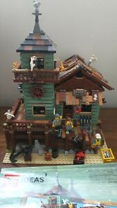 LEGO Ideas Old Fishing Store (21310) *RETIRED*HARD TO FIND NO BOX 99% complete