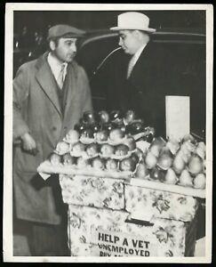 Al Capone 1933 Scarface Buying Apples from Vendor WWI Veteran Original Photo