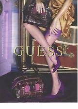 PUBLICITE ADVERTISING 2009  GUESS sacs chaussures bas collants