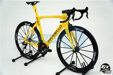 1/6 Scale Pinarello Dogma F10 Bicycle Plastic Model Yellow lightweight