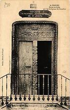 CPA SAINT TROPEZ Porte sculptée par les Indigénes de Zanzibar (411464)