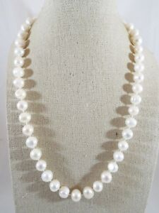Sterling Silver Individually Knotted 9mm White Pearl Heart Toggle Close Necklace