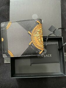 🔥🔥NEW Authentic Versace Bifold Wallet Gold Medusa Logo Black Leather Italy🔥🔥