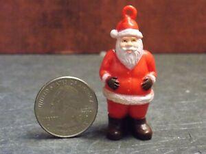 Dollhouse Miniature Christmas Santa Decoration 1:12 in scale Y42 Dollys Gallery