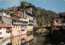 BR8352 Saint Jean Pied De Port vieille maison sur la Nive    france