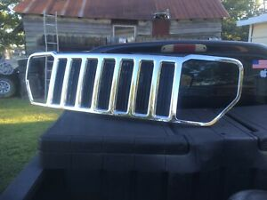 2008-2012 Jeep Liberty Grille Chrome