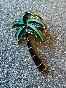 FUNKY TROPICAL PALM TREE Brooch/ Pin Enamel Green and Brown Size 2.7 x 1.8 cms