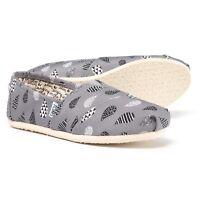TOMS Women's Classic Canvas Slip on shoes Rain Drop Print Size 5.5 Authentic