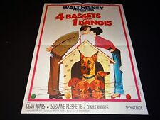 4 BASSETS POUR UN DANOIS  ! winnie l'ourson  affiche cinema disney 1965