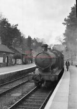 PHOTO  GWR LOCO  2280 AT TALYLLYN JCT RAILWAY STATION ON 2ND MAY 1959