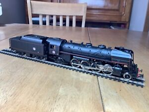 Jouef HO Gauge 8273 SNCF 2-8-2 Class 141R Oil Fired Loco depot Miramas unboxed