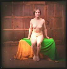 Rare Glass Autochrome Stereoview Photo Art Nude Frontal Green Cloth 130x70mm