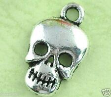 20 Antique Silver Skull Beads Skulls Pendants - Halloween Charms 17mm