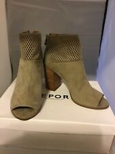 Report Open Toe Boots 8.5