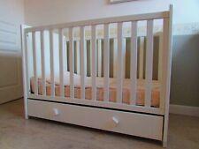 Lit à barreaux pour bébé SAUTHON 120 X 60 cm