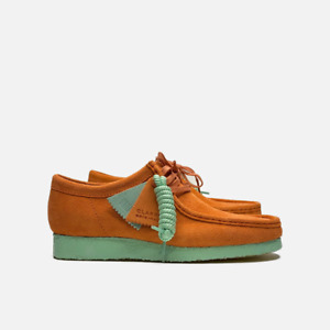 Clarks Originals Wallabee Men's Suede Shoes Coral Combi