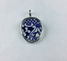 Broken China Jewelry, Pendant.sterling Silver , Blue willow