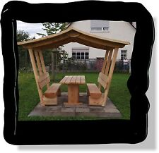 Sitzgruppe aus holz..Pavillon.Gartenmöbe mit Dach.Sitzmöbel..Gartenbank..