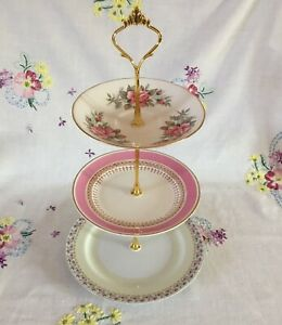 *PRETTY VINTAGE MISMATCHED PINK FLORAL ROSES BONE CHINA CAKE PLATE STAND*