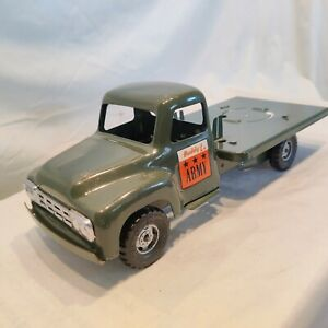 Vintage 1950's Buddy L Army Supply Corps search light Truck. Parts/repair. Nice.