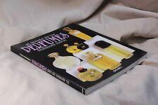 Book The world of perfumes. Libro El mundo de los perfumes. Fabienne Pavia. 1996