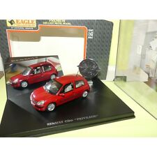 RENAULT CLIO II Phase 2 PRIVILEGE 3 Portes Rouge Bordeaux UNIVERSAL HOBBIES 1:43