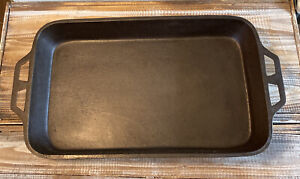 Vintage Large Lodge Cast Iron Roast Pan Heavy Duty Made in USA