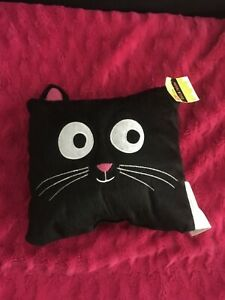 BRAND NEW HALLOWEEN BLACK CAT DECORATIVE  PILLOW