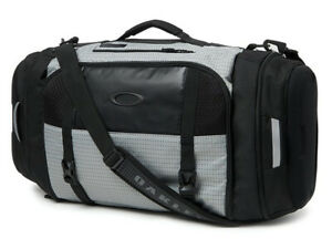 Oakley Link 35L Duffle Bag - Stone Grey offering spacious, specialised storage!*
