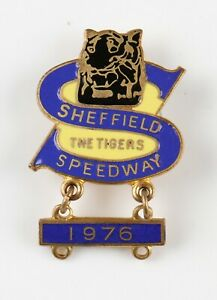 vintage Sheffield Speedway The Tigers enamel pin badge with 1976 bar by W Reeves