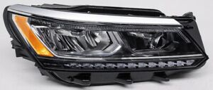 OEM Volkswagen Passat (V6) Right Passenger Side LED Headlamp Tabs Missing
