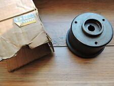 Neuf - Poulie de pompe à eau pour Peugeot 404 Diesel (pour  alternateur ) Référe