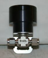 1/8 Tube 316ss Air Actuated Toggle Valve N/O Swagelok SS-92S2-O-HT