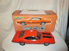 Lane Exact Detail Replica W-30 1970 Oldsmobile 4-4-2 W-30 1:18 Scale Die Cast #2