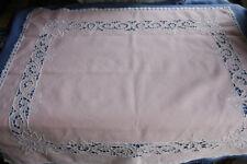 Centre de table napperon ancien nappe rose broderie 72 x 66 cm en lin