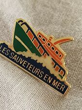 PINS   Badge insigne S.N.S  LES SAUVETEURS EN MER  SUPERBE belle qualité et état