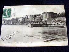 OLD PPC: BREST~LE CHATEAU VU DE LA MER~ANIMATED~ca.1912